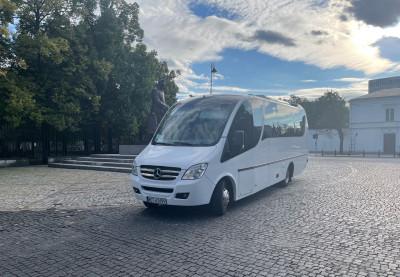 Wynajem busa na zwiedzanie Warszawy